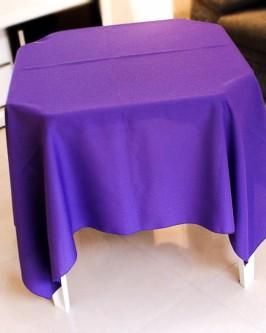 Aluguel de toalha quadrada roxa