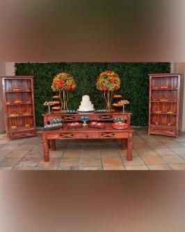 Detalhes do produto Aluguel mesa rústica com armários