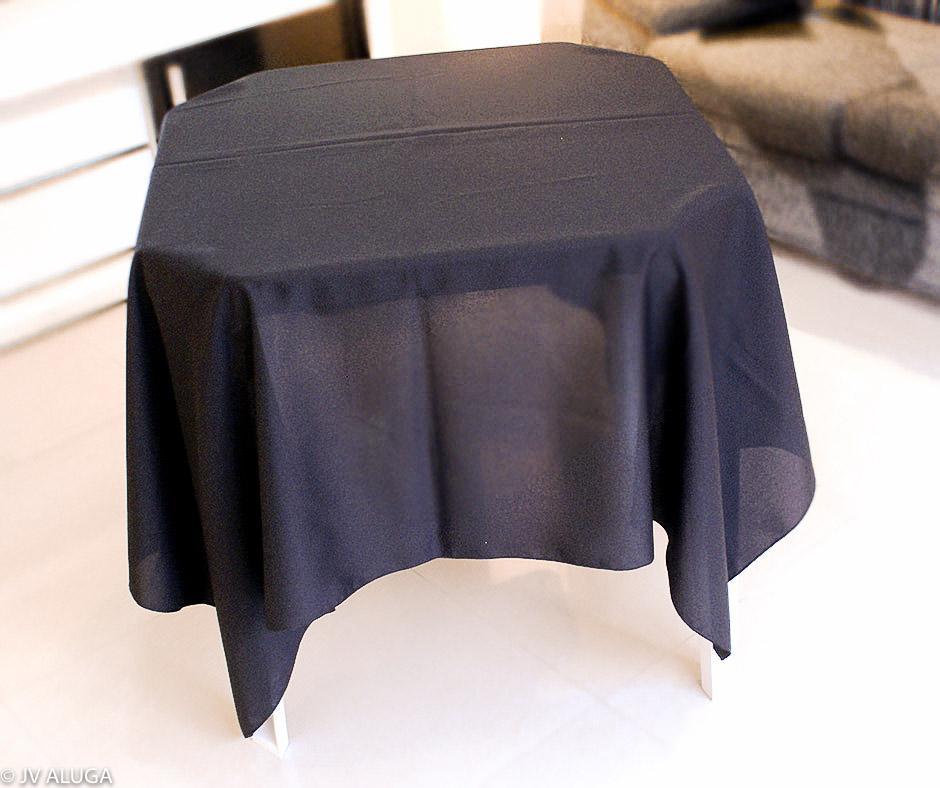 Detalhes do produto Aluguel de toalha quadrada preta
