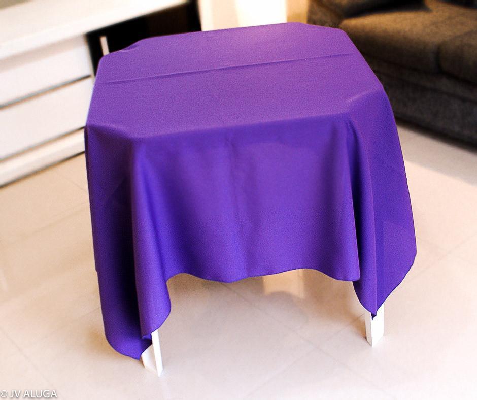 Detalhes do produto Aluguel de toalha quadrada roxa