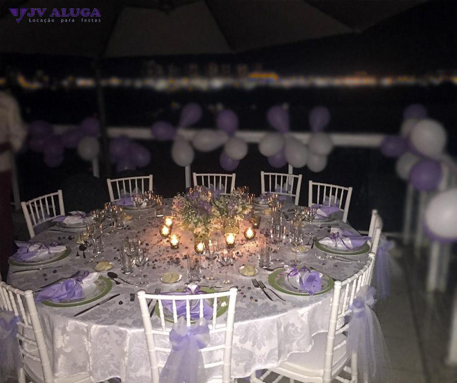 Detalhes do produto Conjunto de mesa redonda com 10 cadeira Tiffany branca